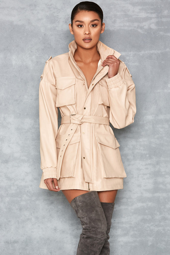 selection-shopping-mistress-rocks-trench-cuir-vegetal-nude