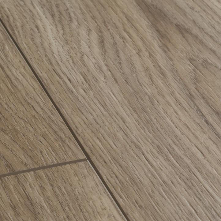 decoration-salon-salle-a-manger-parquet-vinyle-gris-brun-quick-step