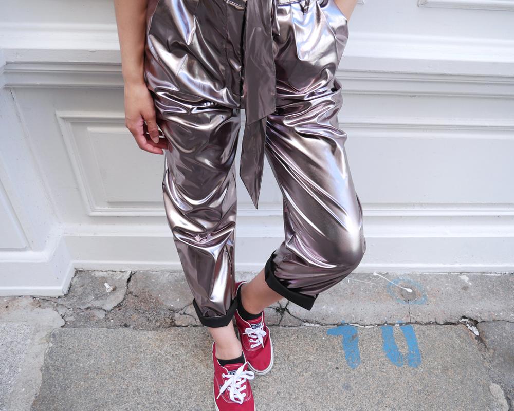 look-cosmonaute-details-matiere-pantalon-souple